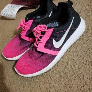 Nike rosherun flight GS